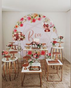 Joy e Joy Festas (@joyejoyfestas) • Fotos e vídeos do Instagram Russian Wedding, Wedding Table, Wedding Decor, Deco Buffet, Birthday Party Decorations, Table Decorations, Its My Bday, Sweet Sixteen, Flower Wall