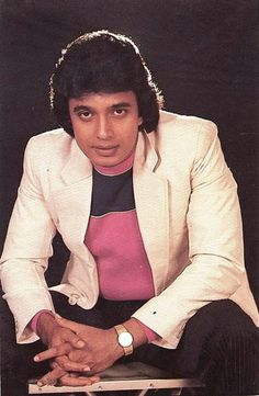 Classic Indian Cinema Lovers : Mithun Chakraborty ( The Disco Dancer )