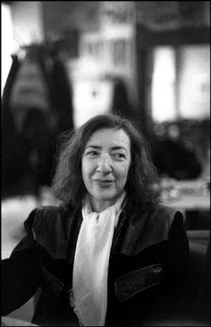Elfriede gerstl, österreichische Lyrikerin, aufgenommen im Café Museum. Fotografie: Ferdinando Scianna/Magnum Photos