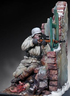 WWII German Sniper, 1944 toy soldier.