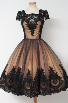 Awesome Knee-Length Square Cap Sleeves Ball Gown Homecoming Dress with Black Lace
