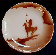 SYRACUSE China Native American Indian brave on a Horse dinner plate, 1963 Vintage Dishware, Vintage Dinnerware, Vintage Dishes, Vintage China, Vintage Kitchen, Unique Vintage, Vintage Items, Native American Patterns, Native American Indians