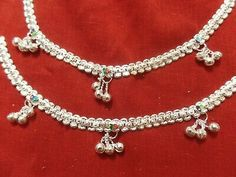 You will receive pair anklet. These are silver-tone anklets. Silver Anklets Designs, Anklet Designs, Gold Ring Designs, Ankle Jewelry, Ankle Bracelets, Silver Bracelets, Silver Jewelry, Gold Anklet, India Jewelry