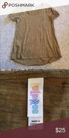 Lularoe tshirt Large worn once LuLaRoe Tops Tees - Short Sleeve