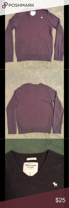 HOST PICK ! Men's gray Abercrombie & Fitch sweater Abercrombie & Fitch muscle fit sweater. Cashmere blend. Abercrombie & Fitch Sweaters V-Neck
