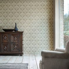 William Morris & Co Tapet Pure Trellis Gold - systerlycklig. Wallpaper Canada, Bold Wallpaper, Interior Wallpaper, Wallpaper Online, Wallpaper Samples, Print Wallpaper, Fabric Wallpaper, Pattern Wallpaper, Cottage Wallpaper