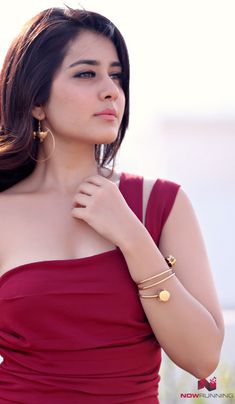 Picture 3 of Rashi Khanna New Photoshoot