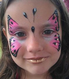 Butterfly Face-Painting Ideas To Try With The Little Ones (or alone) Face Painting Images, Face Painting Designs, Body Painting, Face Paintings, Image Painting, Butterfly Makeup, Butterfly Face Paint, Butterfly Costume, Dinosaur Face Painting
