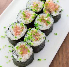 Réaliser des sushis parfaits en quelques minutes, c'est possible ! Voici la recette...