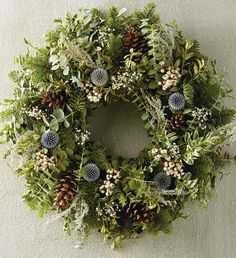 Fabulous Winter Wreaths Design Ideas You Never Seen Before - At the point when a large portion of us consider front door wreaths we think circle, evergreen, and Christmas. Wreaths come in a wide range of materia. Wreath Crafts, Diy Wreath, Wreath Ideas, Wreath Making, Christmas Crafts, Christmas Decorations, Christmas Flowers, Christmas Door, Christmas Ideas