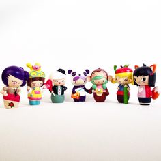 Momiji are friendship dolls with tiny note cards hidden inside for your own secret message, dream or wish. Momiji Doll, Kawaii Doll, Clothespin Dolls, Wooden Dolls, 4th Birthday, Cute Gifts, Thoughtful Gifts, Note Cards, Art Dolls