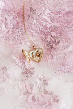 Lumière Locket by Ariel Gordon & Taylor Sterling Gold Heart Locket, Best Eyebrow Products, Solid Gold, Fashion Dolls, Vintage Fashion, Product Launch, Pendant Necklace, Engagement Rings, Jewels