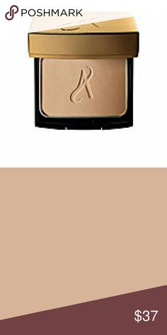 Artistry Exact Fit powder foundation color L1C1 No offers, price is set. For a discount message me. Many more shades are available message me. Artistry  Makeup Foundation