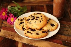 The BEST Chocolate Chip Cookie! Low carb and gluten free!