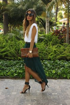 amazing flow to this skirt ... great colour too!