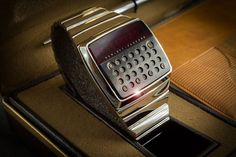 HP-01, a smartwatch designed by hewlett-packard engineers in 1977