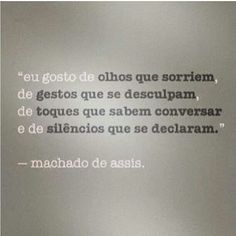 Poeta e escritor brasileiro nasceu no Rio de Janeiro em 1908