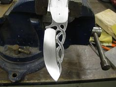 A new challenge in knife making - Hunt Chat