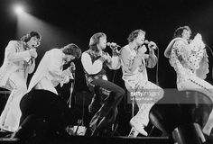 American pop group The Osmonds performing at Earl's Court, London, 29th May 1975. Left to right: Alan Osmond, Donny Osmond, Merrill Osmond, Jay Osmond and Wayne Osmond.
