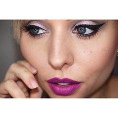 Instagram photo by alicia_wunderbar -  #Heroine @maccosmetics  #lipstick #lippenstift #lippen #lips #love #fashion #fashionista #Lidschatten #lidstrich #eye #eyeliner #makeup #wakeupandmakeup #augsburg #picoftheday #photooftheday