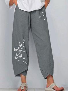 Fashion Pants, Fashion Outfits, Womens Fashion, Girl Outfits, Cropped Pants, Wide Leg Pants, Loose Pants, Elastic Waist Pants, Vintage Pants