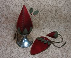 Primitive Wool Strawberry Sterling Silver Make-Do Pincushion-Emery-Scissors+Case