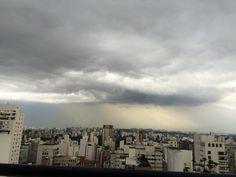 Os tons de cinza de São Paulo
