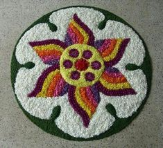 10 Great Onam Pookalam Designs That You Should Try in 2019 - Simple Rangoli Designs Easy Rangoli Designs Diwali, Rangoli Designs Flower, Colorful Rangoli Designs, Rangoli Patterns, Rangoli Designs Images, Rangoli Ideas, Diwali Rangoli, Flower Rangoli, Beautiful Rangoli Designs