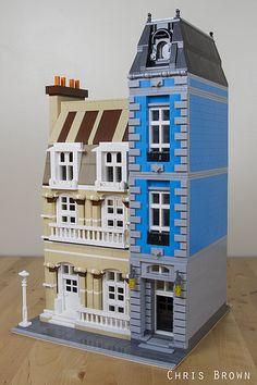 Bricksburg Inspired Modular | by Crustyfur