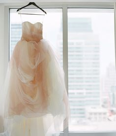 Think Pink: Blushing Brides in Pink Wedding Gowns is Hottest Bridal Trend - Wedding Party Pink Blush Wedding Gowns, White Wedding Dresses, Bridal Gowns, Wedding Pics, Wedding Trends, Wedding Ideas, Dream Wedding, White By Vera Wang, Vera Wang Dress
