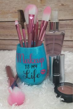 Make Up Brush Holder She Leaves A Little Sparkle Wherever She - Vinyl cup brush