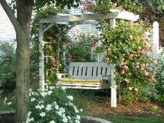Garden swing   ... -+landscaping+-+garden+swing+bench+purgola+trellisvia+pinterest.jpg