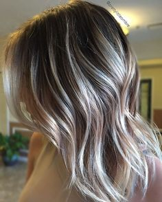 """This is my definition of """"built on color"""" This has been the combined efforts over time of baby lights, stretched roots and balayage by myself, @beautyandbalayage and @kisseslovestilettos here at @thebeautybar. COLOR takes patience. I always wants my guests to love their hair in every stage of their hair journey, but please keep in mind that the integrity of your hair is my FIRST priority. Healthy hair is sexy hair"""