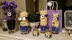 Minion vases for party
