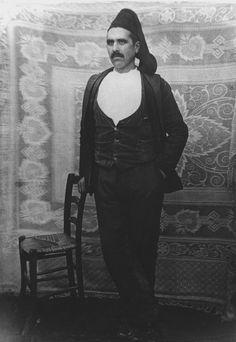 Angelo Dore il Socialista di Ittiri durante il periodo fascista.