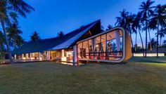 VILLA SAPI / Canadian architect David Lombardi has designed a rental villa on Lombok Island in Indonesia.