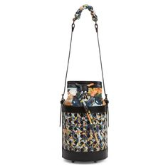 Handbags, small leather goods and home accessories with a sense of uniqueness and relaxed elegance. Kimono Pattern, Flower Bag, Small Leather Goods, Japanese Kimono, Flower Prints, Vienna, Bucket Bag, Handbags, Accessories