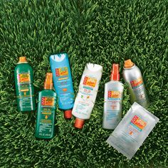 Avon Skin So Soft Bug Guard Plus is America's DEET-Free Insect Repellent. Check out the differences to see which one is right for you. Avon Products, Health Products, Makeup Products, Avon Skin So Soft, Avon Brochure, Shops, Avon Online, Avon Representative, Insect Repellent
