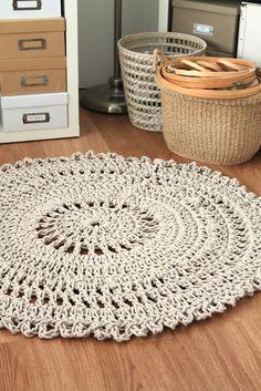 Im gonna find some Doily patterns to make some of these rugs!