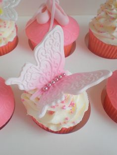 Sugar Siren Cakes Mackay: Cupcakes (custom couture)