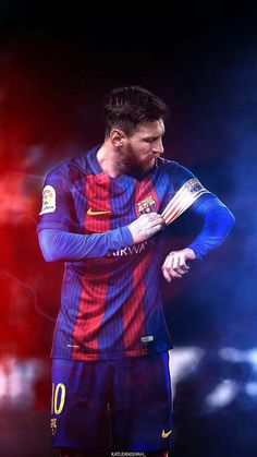 Top 10 Best performances of Lionel Messi. Lionel Messi, 6 times Ballon D'or winner , is undoubtedly the best Footballer on Earth. Football Player Messi, Messi Soccer, Nike Soccer, Soccer Cleats, Ronaldo Soccer, Soccer Socks, Football Soccer, Messi And Ronaldo, Messi 10