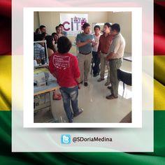 Trabajando en el CITE de Confecciones en Tarija para poder inaugurar la próxima semana.