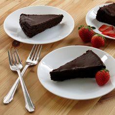 Flourless Chocolate Cake with Dark Chocolate Ganache