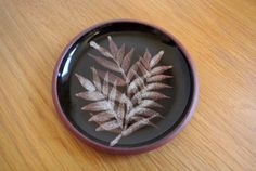 TENBY STUDIO POTTERY-SMALL BROWN GLAZED PIN/TRINKET/WALL PLATE OR DISH-VGC