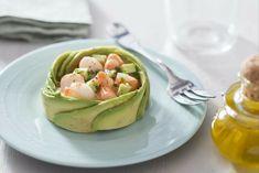 gourmet rezepte mit avocado zum genießen garnellen ideen gabel teller olivenöl ideen zum kochen