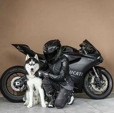 2018 Ducati Multistrada 1260 S: The Bike for a Bucket-List Ride Moto Scrambler, Moto Ducati, Motorbike Girl, Motorcycle Bike, Women Motorcycle, Monster Motorcycle, Motorcycle Couple, Biker Chick, Biker Girl