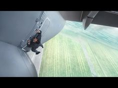 Mission: Impossible Rogue Nation Teaser Trailer: See Tom Cruise Fighting Shirtless and Hanging Off Plane in Film! Mission Impossible Rogue Nation, Mission Impossible Franchise, Tom Cruise, Simon Pegg, Alec Baldwin, Jeremy Renner, Le Syndicat Du Crime, Teaser, Christopher Mcquarrie