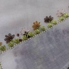 hayırlı akşamlar😊😊 🌼🌼❤ ❤🌼❤🌼❤🌼❤🌼❤🌼❤ ✂🐞🍂🌞📍📍🎀💌💒⏰ . . . . #iğne🍬 #iğneoyası 😘#takı #tülbent🌼 #lif☕#model✂#oya#ip😊#çeyiz🐞#çeyizhazırlığı❤#güneş❄#huzur🍭#mutluluk🌞#pembe🍬#mor🎀#yeşil😄#yelek 🌹#yelekmodelleri 📍#oyaörnekleri👍 #dantel👀#örgüm 💐 Crochet Unique, Crochet Motif, Handkerchief Embroidery, Christmas And New Year, Garland, Beautiful, Cross Stitch, Tejidos, Needlepoint