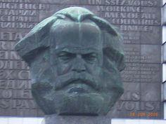 Panoramio - Photo of Chemnitz, Karl-Marx-Monument (von Lew Kerbel geschaffen)