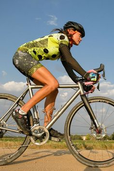 Biking Girls - Hot Wheels